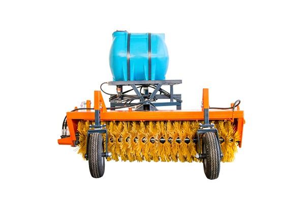 Оборудование щеточное  с гидроприводом «БОЛЬШАЯ ЗЕМЛЯ»